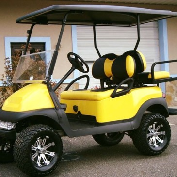 Clubcar with yellow kit